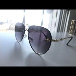 9682c0a27d Accessories - Gucci bee imitation sunglasses.